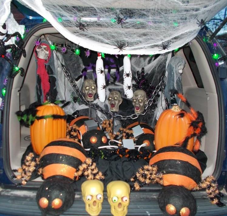 Trunk Halloween Decorating Ideas: Halloween Parade & Trunk-or-Treat